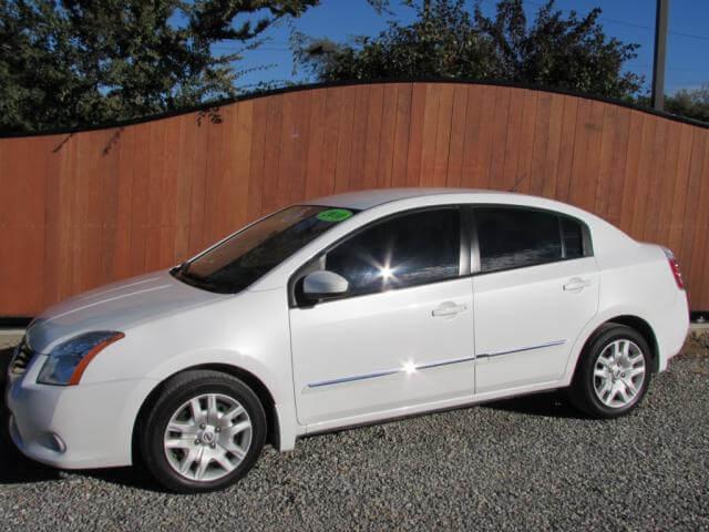 2010  Nissan