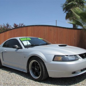 2002 Ford Mustang GT Deluxe Coupe 2D