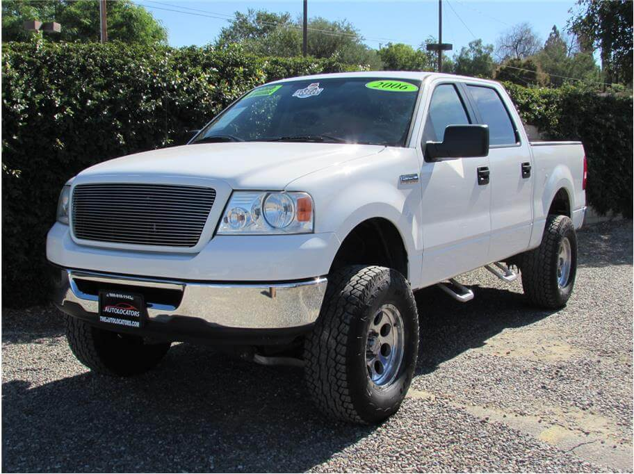 2006 Ford F150 SuperCrew Cab XLT Pickup SOLD*****