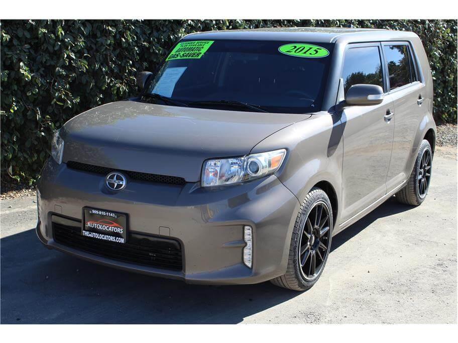 2015 Scion xB Hatchback 4D