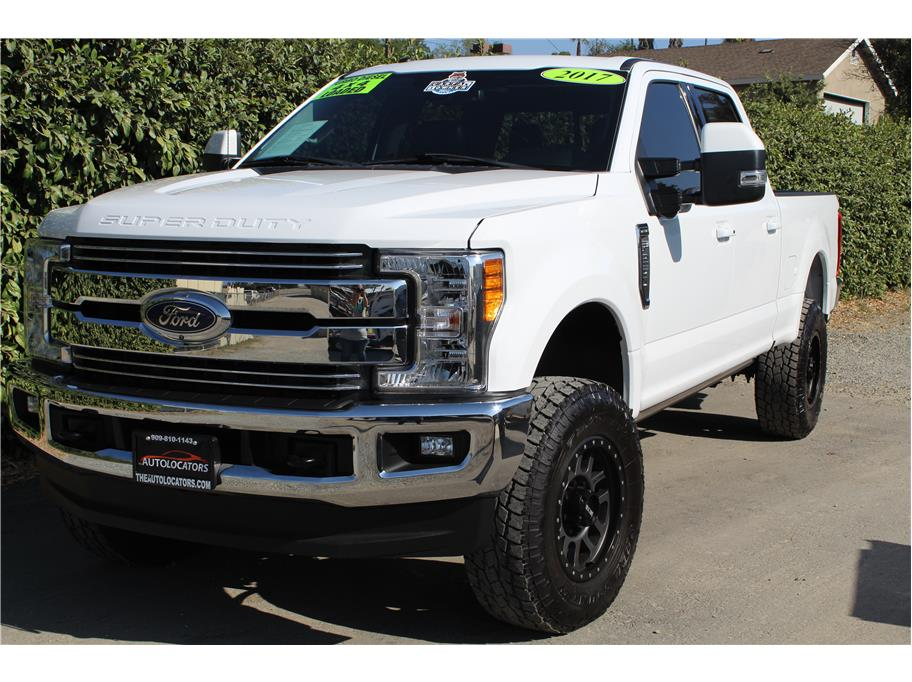 2017 Ford F250 Super Duty Crew Cab FX4 SOLD!!