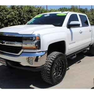2018 Chevrolet Silverado 1500 Crew Cab Lifted and loaded