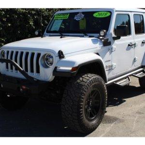 2018 Jeep Wrangler Unlimited SkyActive Top