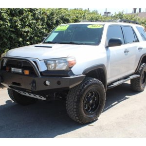 2013 Toyota 4Runner Trail Edition- lifted