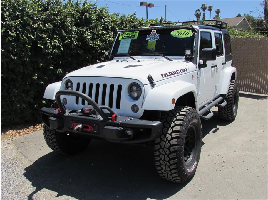 2016 Jeep Wrangler Hard Rock- Beadlocks